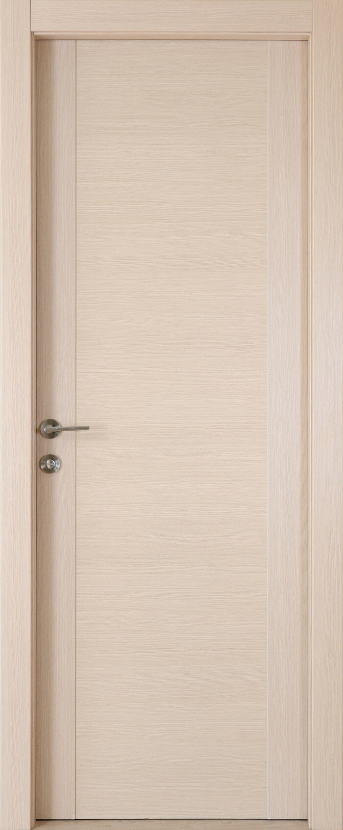 דלתות פנים פשוטות לעומת מעוצבות 1